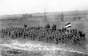 mihai_vasilescu_soldati_bicicleta